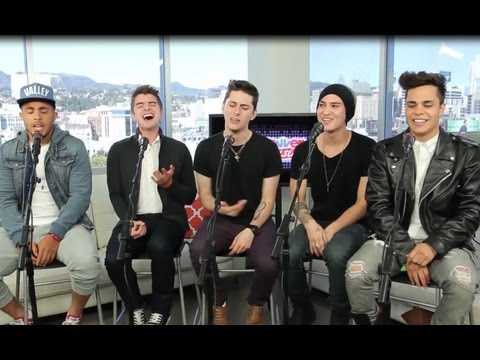 Midnight Red 'Body Talk' Acoustic Performance at ClevverMusic