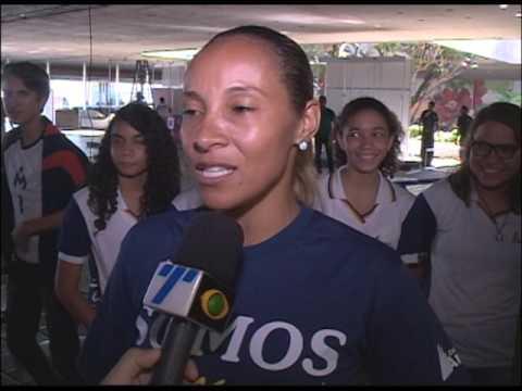 Jogos Escolares de Pernambuco de 2017 faz homenagem a ex jogador de vôlei Marcelo Negrão