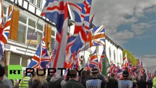 Burton Upon Trent United Kingdom  City pictures : UK: Scuffles break out at Britain First's anti-'Mega Mosque' march