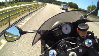 7. Yamaha R6 2003 top speed run (Go Pro Blackedition)