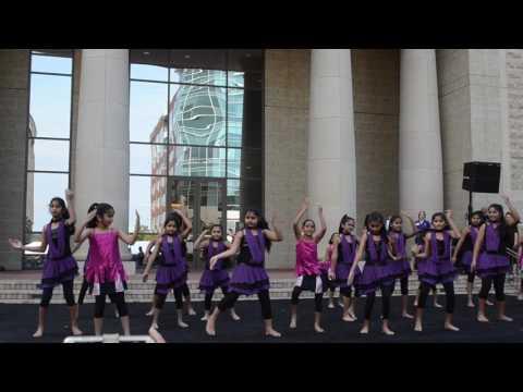 Video Aaj Main upar..Aasman neeche song download in MP3, 3GP, MP4, WEBM, AVI, FLV January 2017