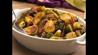 Get the full recipe: http://tiphero.com/honey-balsamic-brussels-sprouts/ Roasted Brussels sprouts are caramelized in the oven with a bright balsamic and honey ...