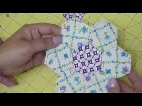 patchwork - piccoli cuscini a forma di fiore