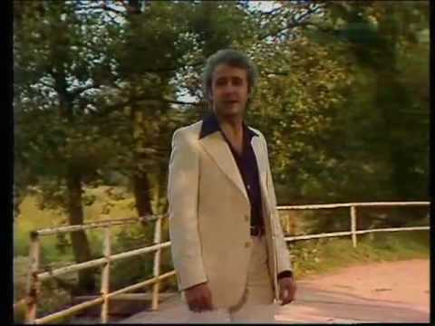 Tony Christie - Sweet September 1983 & 2005 (видео)