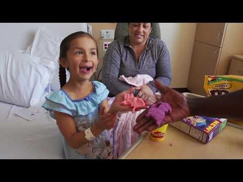 Video: LA Galaxy visit Children's Hospital Los Angeles | Community