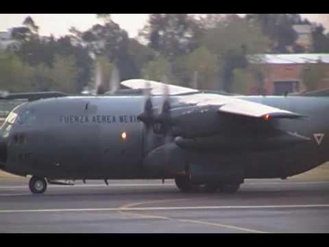 Lockheed C-130 Hercules de la fuerza...