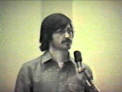 Presentation - Watch vintage Steve Jobs footage on Apple. This is a rare 22 minute presentation given by Steve Jobs on 1980. This video was gifted to Computer History Museu...