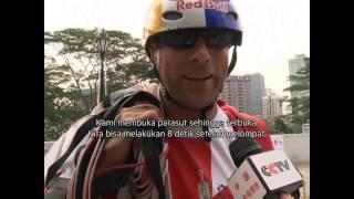 Melompat dari Puncak Menara Tinggi di Malaysia -NET5