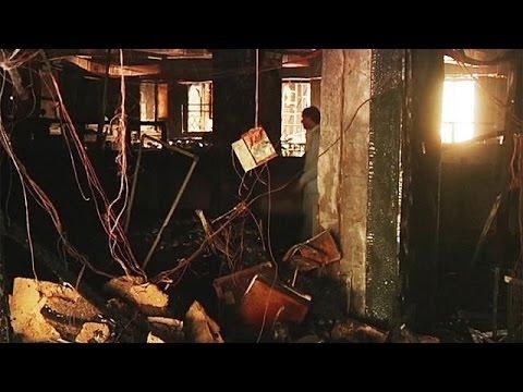 Πάνω από 10 νεκροί από πυρκαγιά σε ξενοδοχεία στο Καράτσι