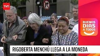 JOAN TURNER, VIUDA DE VICTOR JARA, CON RIGOBERTA MENCHU