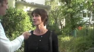 """Frau Prof. Jäger spricht über die Motivation die """"Rudern gegen Krebs"""" Regatta in Frankfurt auszurichten."""