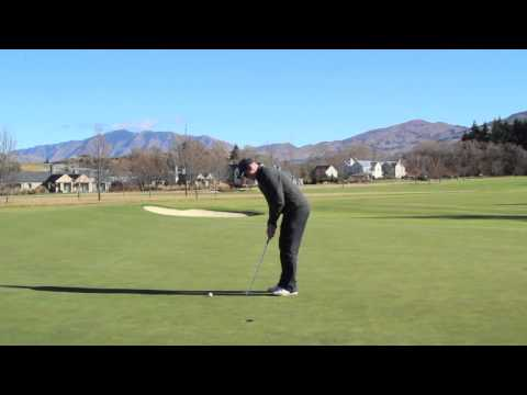 GOLF LESSONS – GRIP YOUR PUTTER LEFT HAND LOW