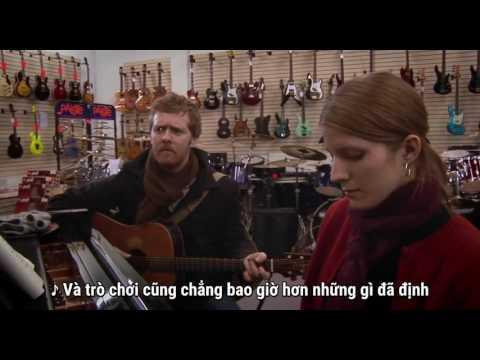 :3  thì ra mục đích học guitar của thanh niên là đây  =))