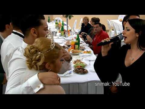 Dve verzije venčanja Aleksandre Prijović