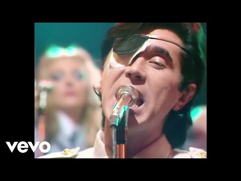 Tekst piosenki Roxy Music - Love is the drug po polsku