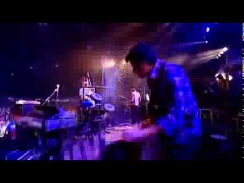 Friendly Fires - Kiss of life (Reading Festival 2009)