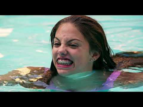 Eighth Grade (2018) - Pool Party Intro Scene