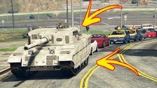COSA FA UN CARRO ARMATO IN CITTA'? - GTA 5 Video