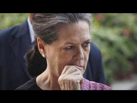 Sonia Gandhi reviews Congress debacle; ally Sharad Pawar slams  weak leadership  10 December 2013 01 AM