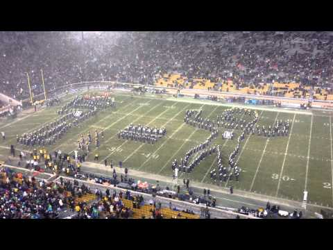 notre - At halftime of the Notre Dame-BYU game, the Notre Dame Marching Band, reenacted Gus Dorais and Knute Rockne's
