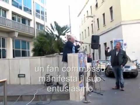 """Catanzaro, spopola sul web il candidato """"solitario"""""""