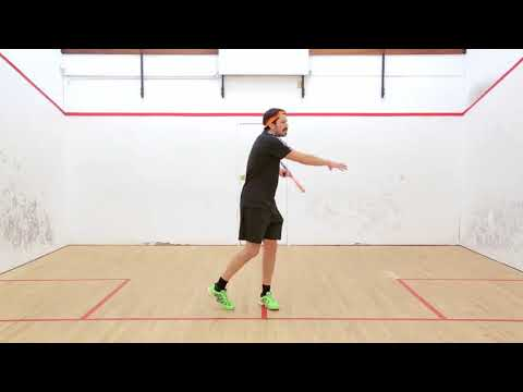 Squash tips: How you can master the backhand volley!