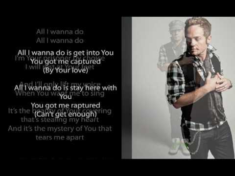 Tekst piosenki Tobymac - Captured po polsku