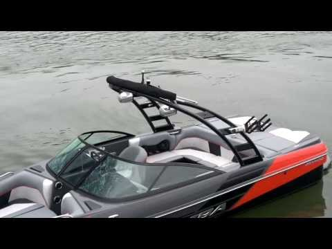 Moomba - Check out the 2014 Moomba Mondo - http://www.iboats.com/Moomba_Boats/nb/m1308-y2013/