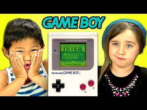 Kids react to old Game boy,