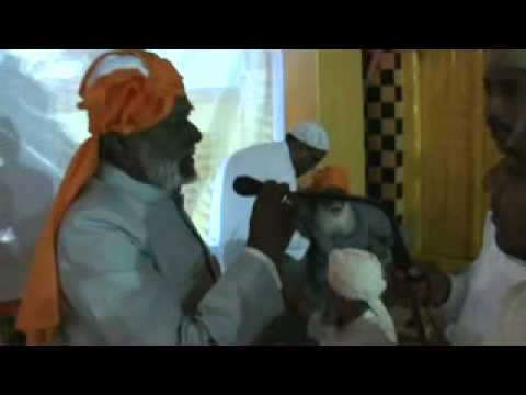 Nizamuddin Auliya Aurangabadi charagha mehfil 2- (7).flv