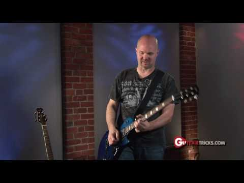 Wah Wah Pedal Lesson – How to Use Wah Pedal – Easy Guitar Lesson – Guitar Tricks 33