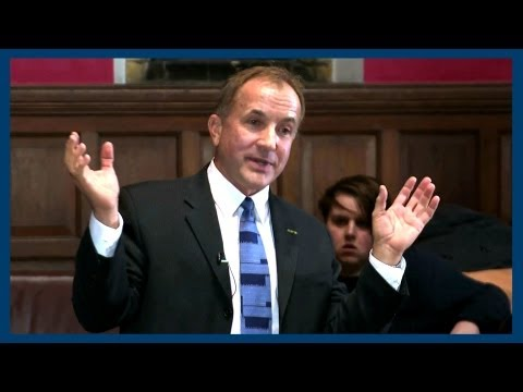 oxford - Dr Michael Shermer gives his argument against the existence of God. Facebook @ http://fb.me/theoxfordunion Twitter @ http://www.twitter.com/OxfordUnion Oxfor...