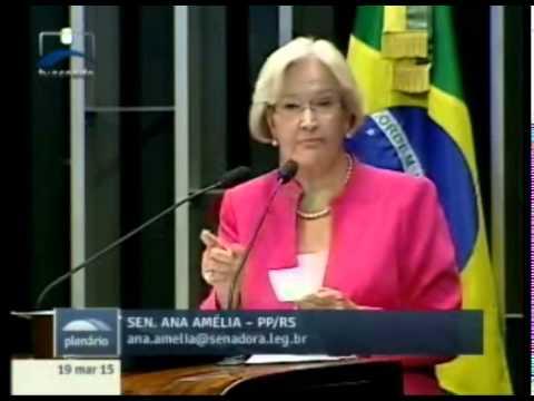 Senadora critica aprovação de emenda que triplica verba para fundo partidário