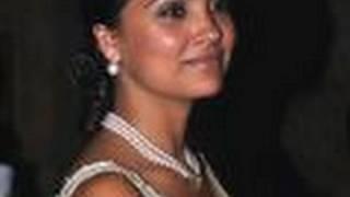 Lara Dutta PREGNANT!