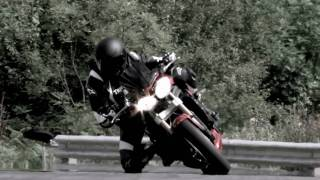 3. 2011 Triumph Speed Triple 1050 and Street Triple