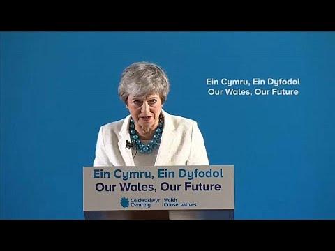 Großbritannien: Wahlschlappe - Theresa May und Jeremy ...