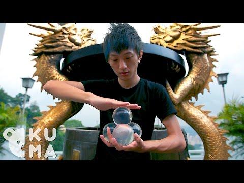 來自台灣的他只要手上拿著水晶球…不誇張,他一動你就會瞬間進入他的迷幻世界。