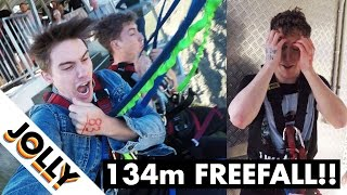 Video When someone who is genuinely afraid of heights goes BUNGEE JUMPING... MP3, 3GP, MP4, WEBM, AVI, FLV Agustus 2019