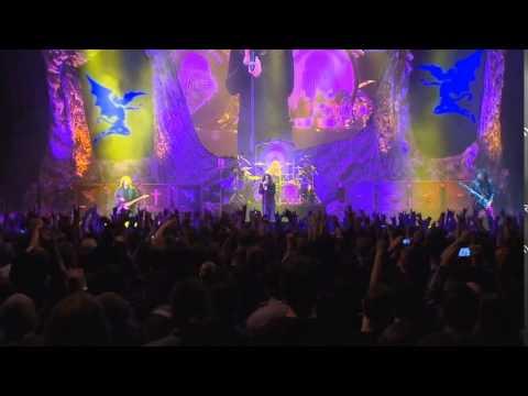 "BLACK SABBATH - ""Into The Void"" (Live Video)"