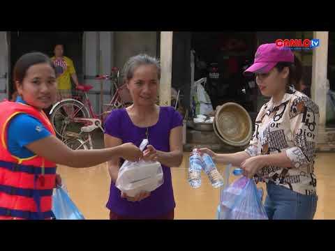 Phóng sự: Những bữa cơm ấm lòng người dân vùng lũ