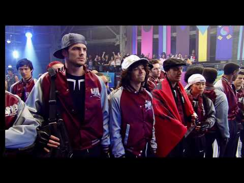 Step Up 3-D (Featurette 'Meet the Characters')