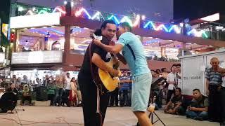 Video bob kena cium pak arab kerana sedap bawa lagu  arabic,,Habibi ya nour el ein,,di sentuhan buskers MP3, 3GP, MP4, WEBM, AVI, FLV Juni 2018