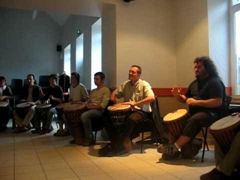 serie – djembe lesson – basic rhythm