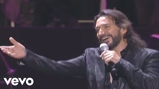 Marco Antonio Solis videoklipp Como Tu Mujer (feat. Pasion Vega) (Live)