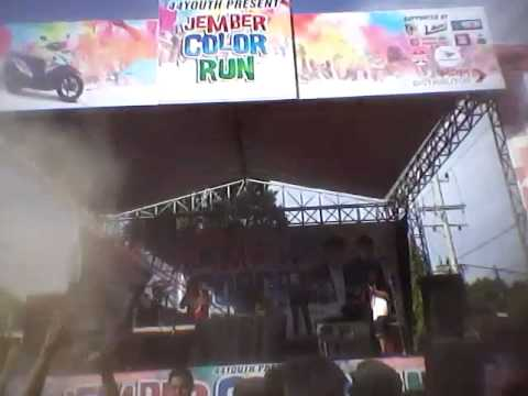 Video JEMBER COLORRUN 2015 44YOUTH download in MP3, 3GP, MP4, WEBM, AVI, FLV January 2017