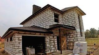 Строительство дома // Вальмовая кровля