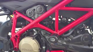 1. Ducati streetfighter S 1098 engine closeup