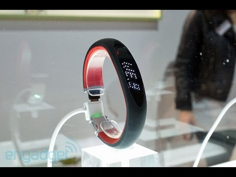 LG 智能運動跟蹤器 (Smart Activity Tracker) @CES 2013