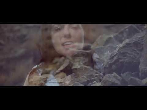 Katarína Knechtová představuje podzimní videoklip k singlu Bezpečné priepasti