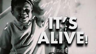 IT'S ALIVE!   -  Action Movie Kid Halloween